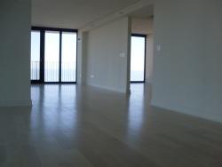 white-floating-floor