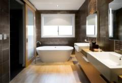 chicago-wood-flooring-bathroom